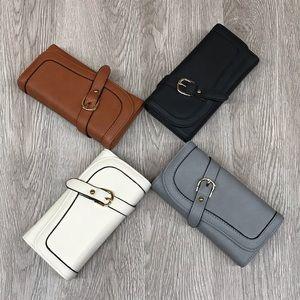 Wallet Buckle Snap Closure Vegan Leather BB167